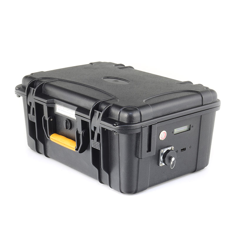 <b>IP67级防水 13S 20P 18650锂电池PACK 48V 64Ah 轨道车动力电池</b>